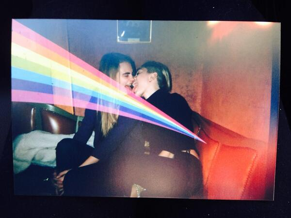 Miley with Cara Delevingne.